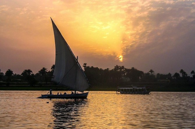 Private Egyptian Felucca ride on the Nile at sunset in Cairo photo 7
