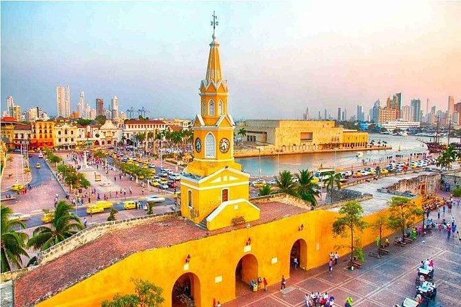 Vehicle service available CARTAGENA FOR 9 - 12 HOURS