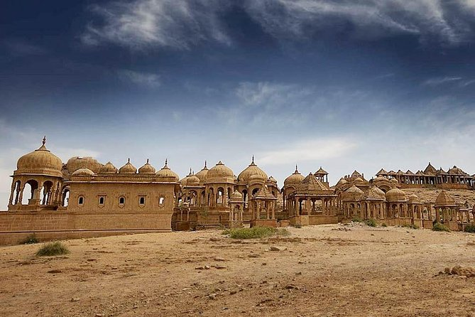 Guided Jaisalmer City Tour With Drop Off at Mount Abu