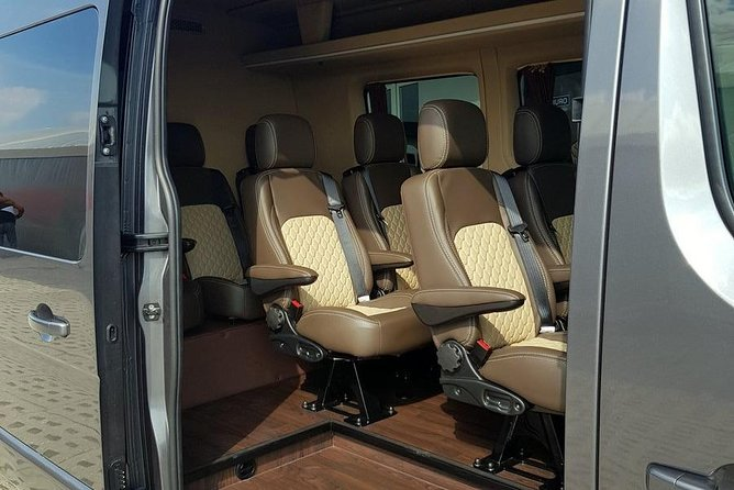 WARSAW - KRAKOW VIP BUS | Friendly, safe and comfortable. We're here for you. photo 9