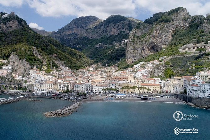 Shared Transfer from Amalfi to Naples Airport