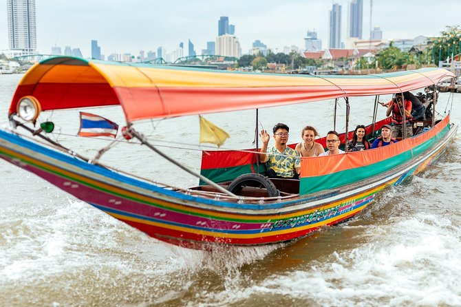 The Beauty of Bangkok by Bike & Longtail Boat Private Tour photo 1