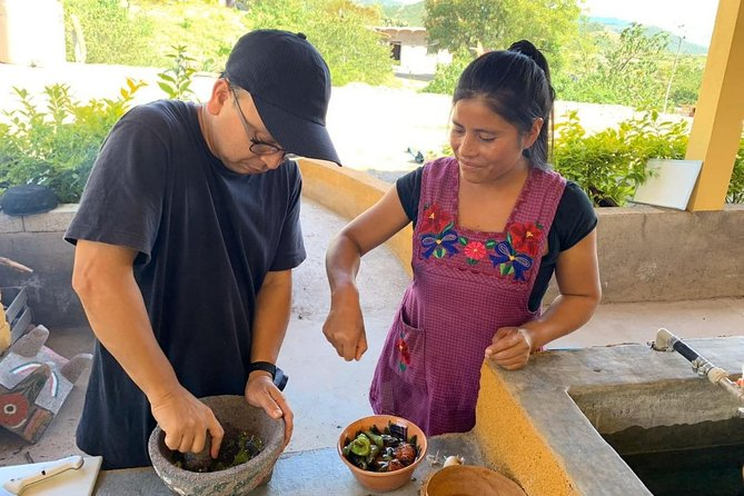 Ancestral cooking class with market visit