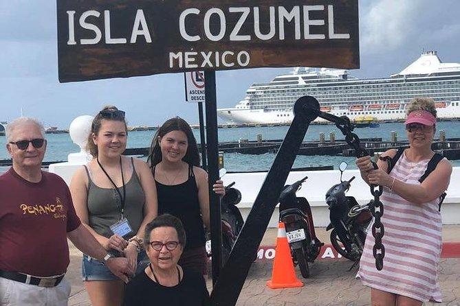 Cozumel: Tour by MiniVan (up to 6 Passengers)