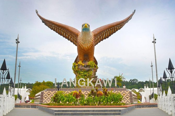 Langkawi City Tour with Crocodile and Bird Park Admission Ticket