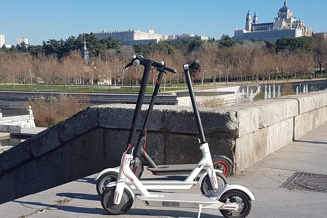 """Live Madrid Rio on electric scooter"""