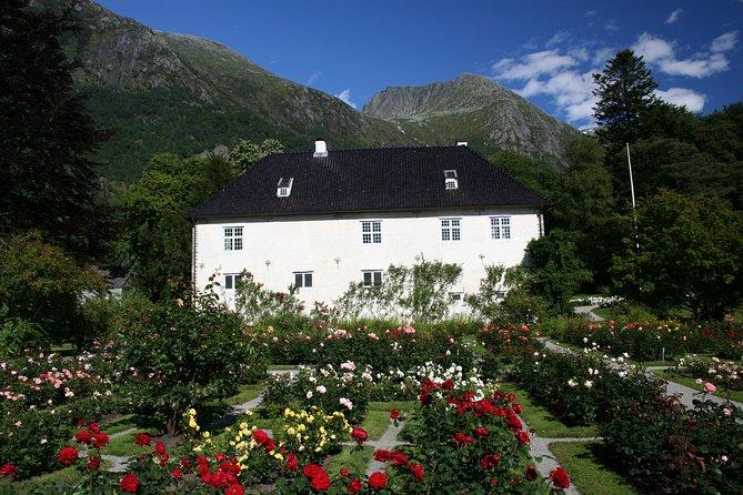 Day tour to Rosendal - incl Hardangerfjord Express cruise