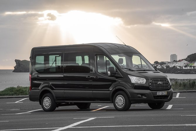 Azores - Airport Transfer to Caloura Hotels (1-4 pax)