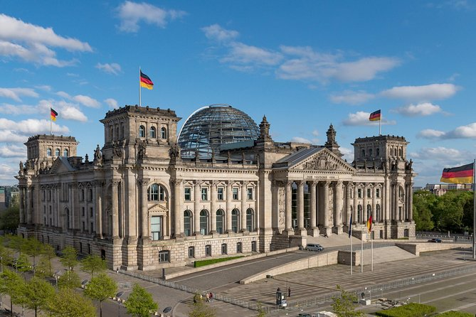 Join-in Shore Excursion: All-Highlights of Berlin