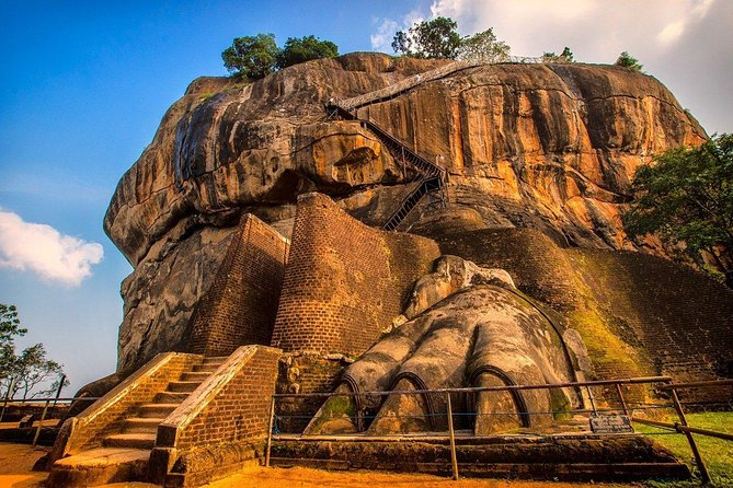 Tour to Dambulla Cave Temple and Sigiriya photo 5