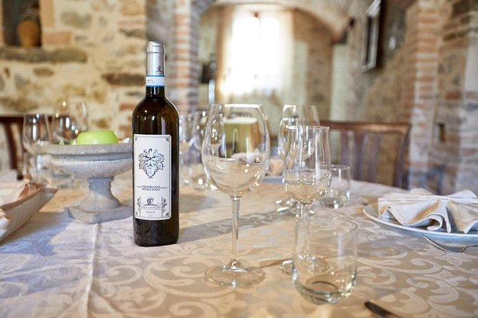 Wine tasting experience close to Spoleto at Colle Uncinano winery