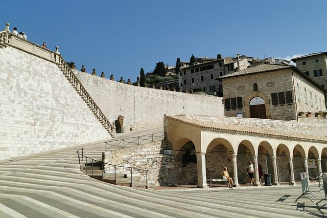 Assisi and s. Francis Basilica's Day Tour from Rome