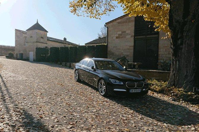 Half a day in Saint-Emilion on a private tour (Premium Sedan)