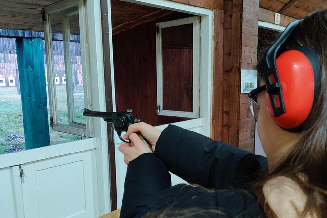 Target Master - 64 shooting real guns and live rounds in 22lr caliber - Cracow