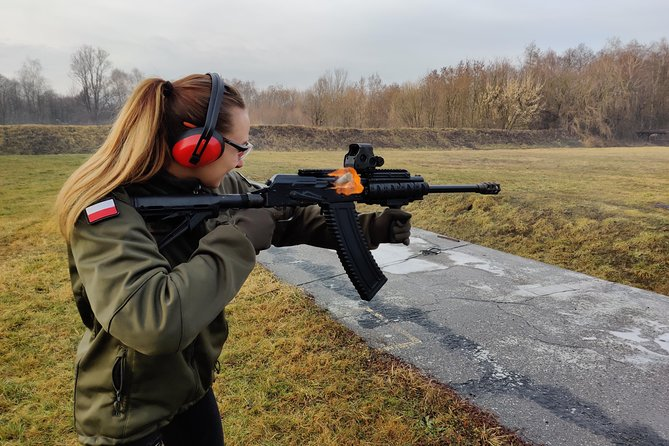 SHOTGUN SHOW - 30 shots. Shooting live rounds in Cracow.