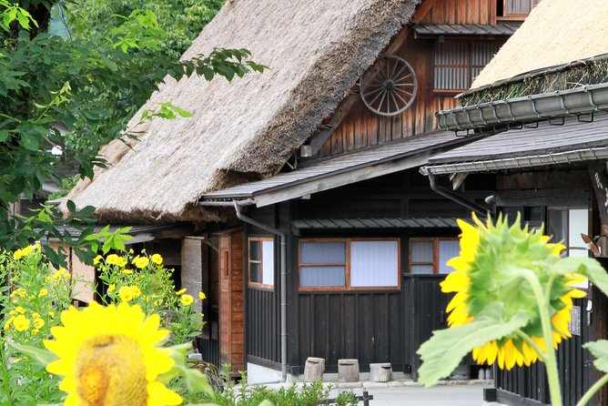 Kanazawa and Shirakawago Tour (Private 2 Days)