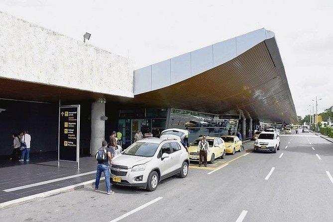 Transfer Airport / Hotel - Pier in Cartagena (Vice versa)
