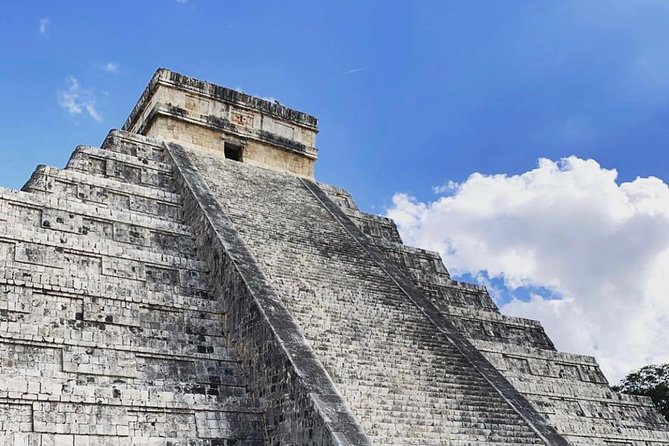 Chichen Itza Deluxe Tour from Cancun photo 3