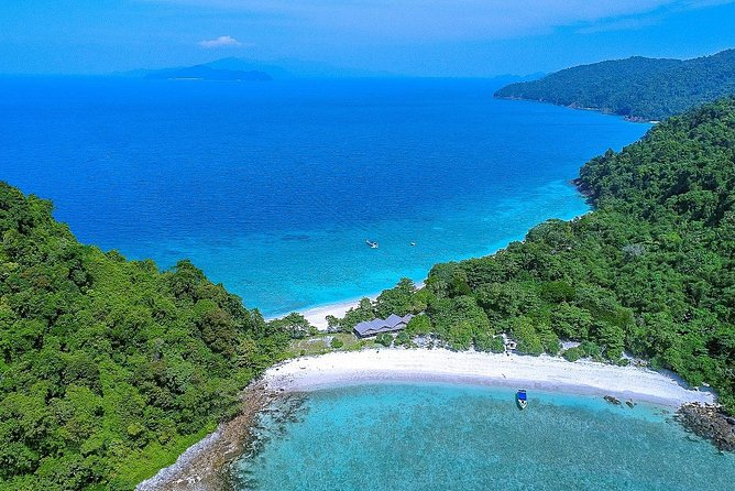 Mergui Archipelago Tour: Snorkeling and Sunbathing on Bruer Island, Twin Beach