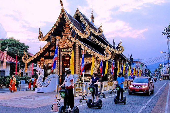Chiang Mai Old Town Segway Adventure with Top 5 Cultural Attraction