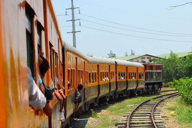Share Tour Yangon with Circular train ride experiences