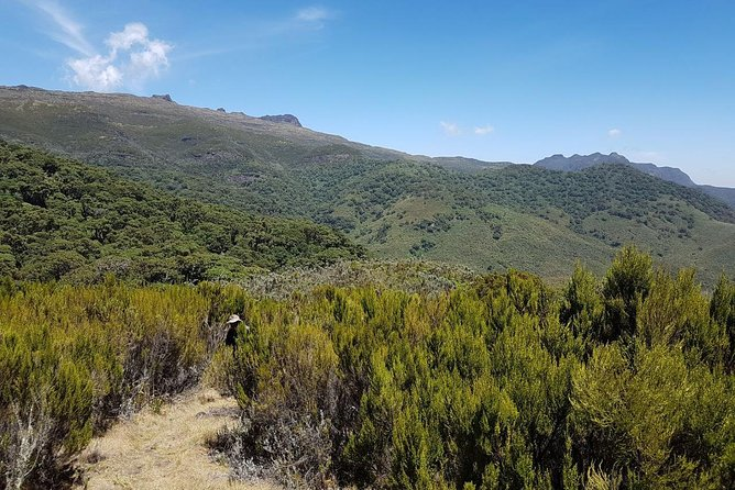 2 Days Tour -Hiking and Walking in Mt.Longonot