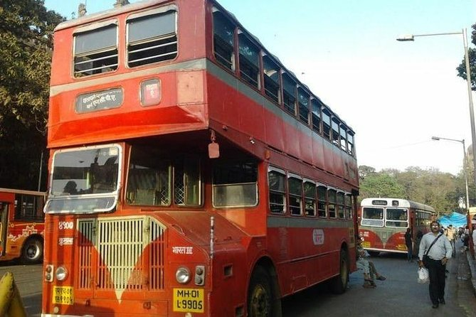 Mumbai City Tour via Public Transport (Experience Train, Bus And Taxi)