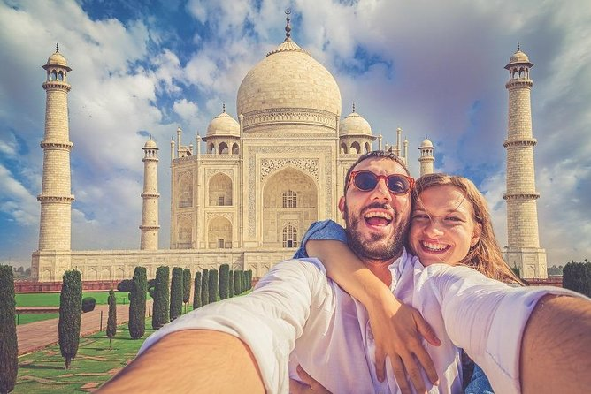 Same Day Agra Tour by Private Car & Driver