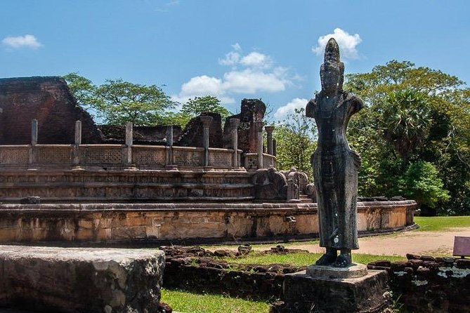 Explore the Ancient City of Polonnaruwa photo 9