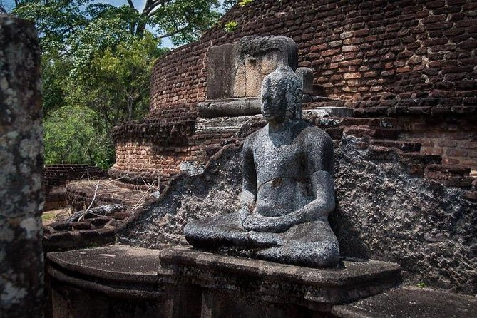 Explore the Ancient City of Polonnaruwa photo 16