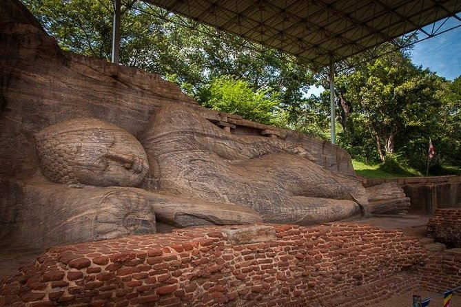 Explore the Ancient City of Polonnaruwa photo 14