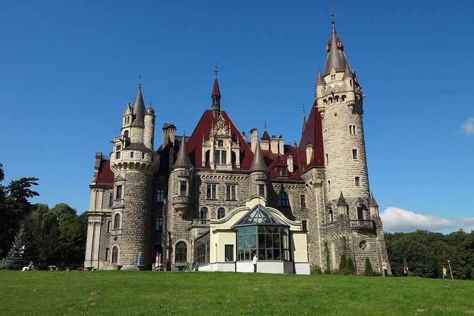Katowice: Castle in Moszna and Plawniowice Palace Private Guided Tour