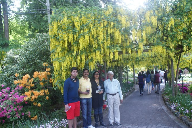 Vancouver--Whistler-- Victoria With Butchart Garden 2 Days Tour Private photo 2