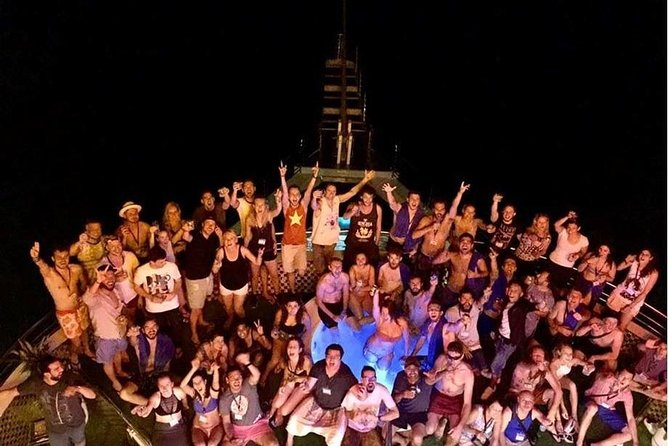 Oasis Bay Party Cruise 5 Star - Ha Long Bay 2 Days 1 Night (For Young People) photo 15