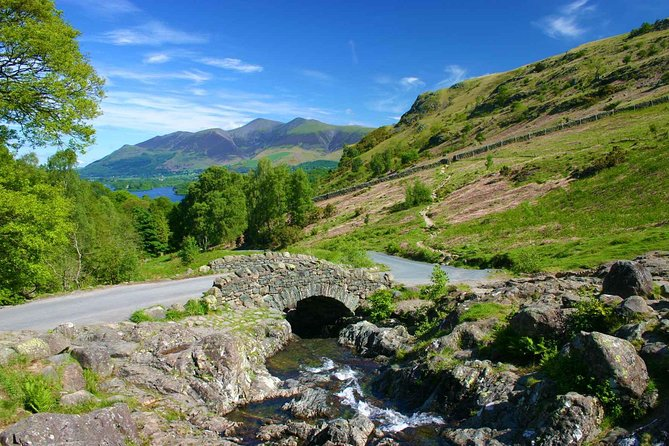 Ultimate Full Day Lake District Tour by Rail & Minivan: 10 Lakes 4 Mountain Pass