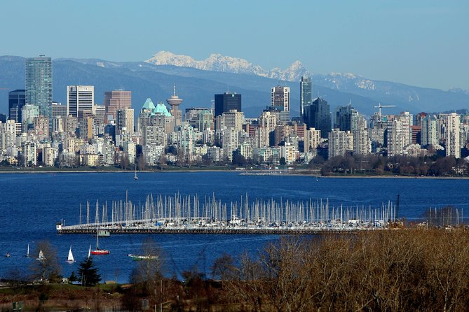 Private Tour: Vancouver Sightseeing photo 1