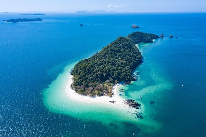 Mergui Archipelago Tour: Snorkeling and Sunbathing on Sali Island