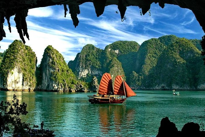 Halong Bay Day Tour: Cruise, Caves, Lunch ... with Sea Kayak or Bamboo Boat