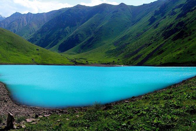 Hiking to the Turquoise Lake - Kol Tor