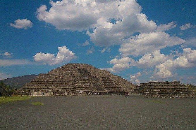 Teotihuacan y Basilica de Guadalupe