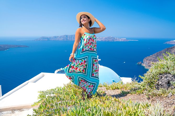 Discover Santorini in a Day- Private Tour 8 hours