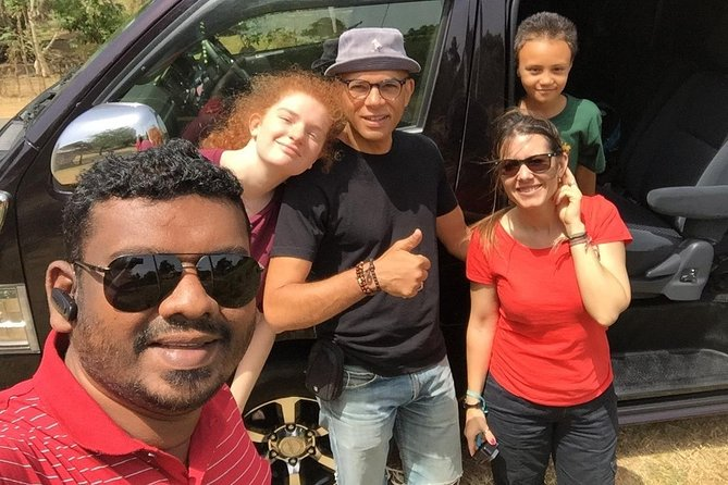 Explore Sri Lanka with Randimal Handalage