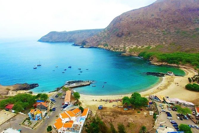 Full-day Santiago Island Tour with Local Guide photo 6