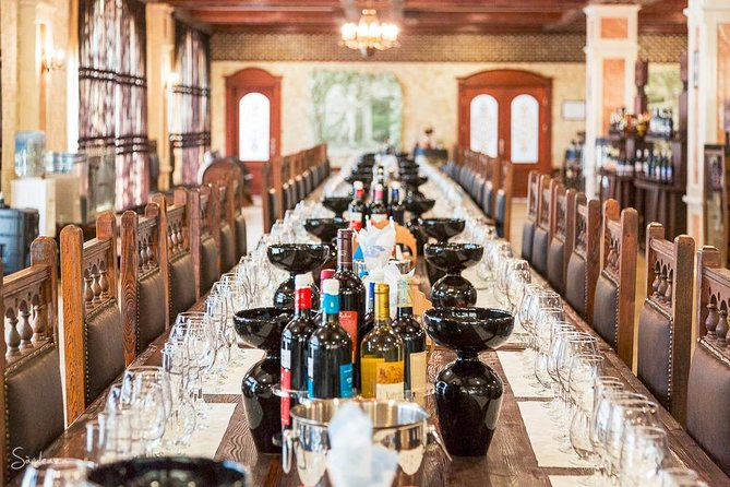 1 Night 3 Wineries with All Meals included