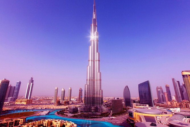 Burj Khalifa: at the top (Level 124 and 125)