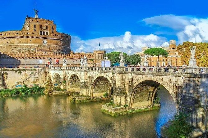 Rome Streets: Private walking tour in the day