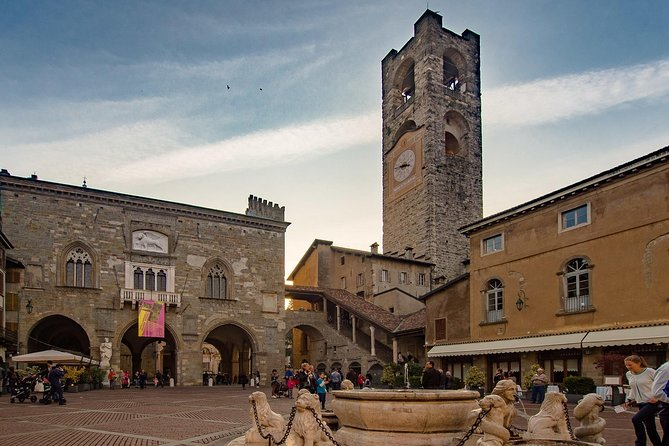 Bergamo: 2.5-hour private walking tour of the Upper Town