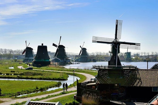 Private Transfer from Amsterdam to the Windmills, Cheese and Clogs (4hrs)