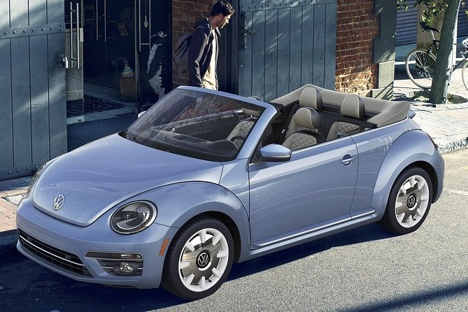 Private New York City Tour by Volkswagen Beetle Convertible photo 9