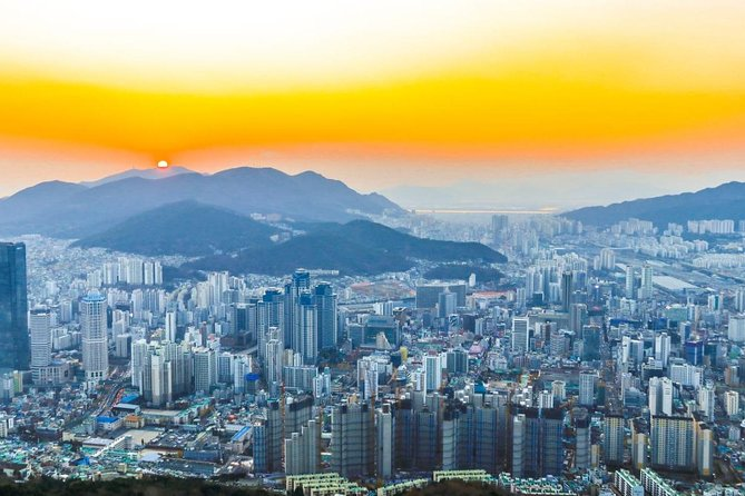 Private Busan Highlight Tour with Gamcheon Culture Village and Beomeosa Temple